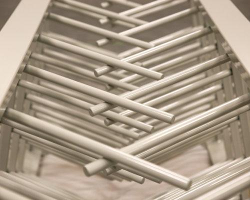 Gema-jauhemaalausjärjestelmä Mittametallin automaattisessa ratamaalaamossa antaa hyvän lopputuloksen.